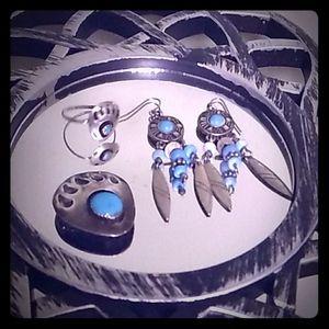Matching set of jewelry